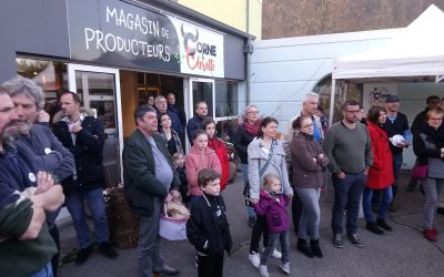 Inauguration en musique et en gourmandises du magasin de producteurs Corne et Carotte !